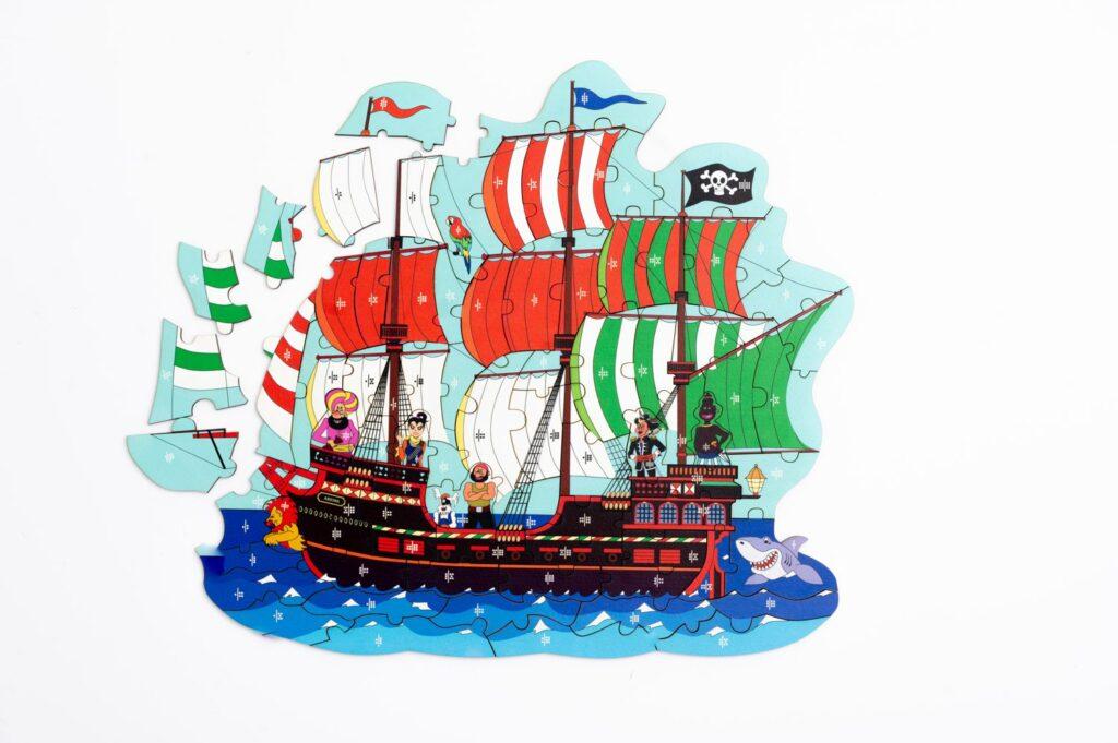 Piratenschiff Puzzle und Würfelspiel