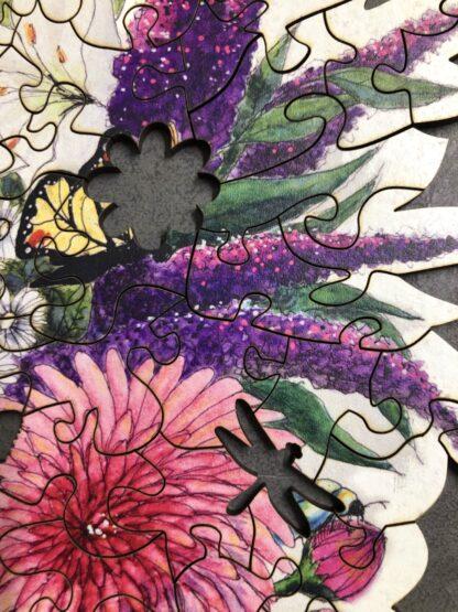 Holzpuzzle Flora Detail