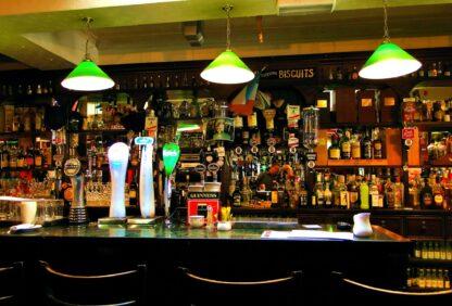 Holzpuzzle Irischer Pub Fragmentis